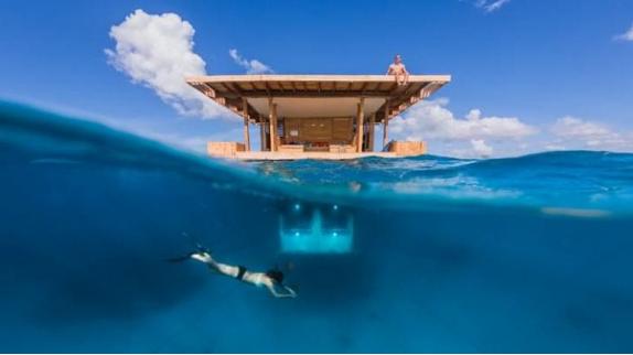 floating hotel zanzibar