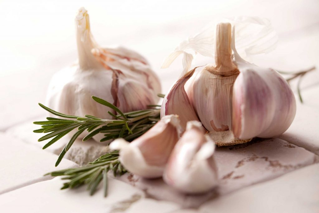 Garlic - Cancer Fighting Foods